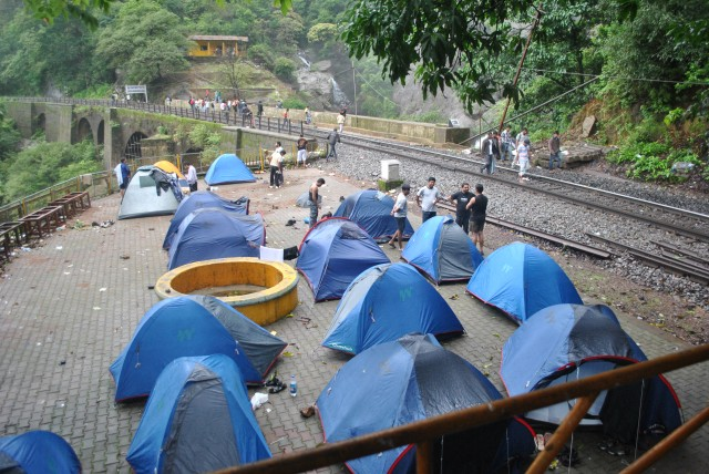 Camping site is just next to falls, During monsoon in weekends it will be rush, avoid weekends if possible