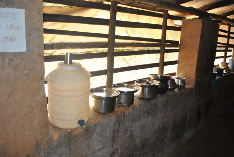 Lunch at Battaramane